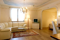 <p>Spend your wedding night in the most beautiful suite in the area.</p>